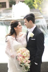 q-bride-groom-at-fountain-pittsburgh