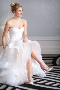 h-gorgeous-sitting-bride