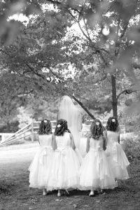 k-bride-and-flower-girls