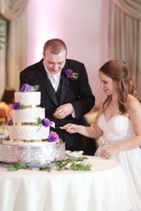 r-bride-groom-cut-cake-by-araujo