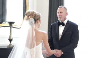 dad-sees-bride