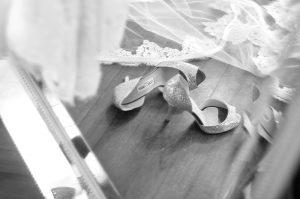 shoes-veil
