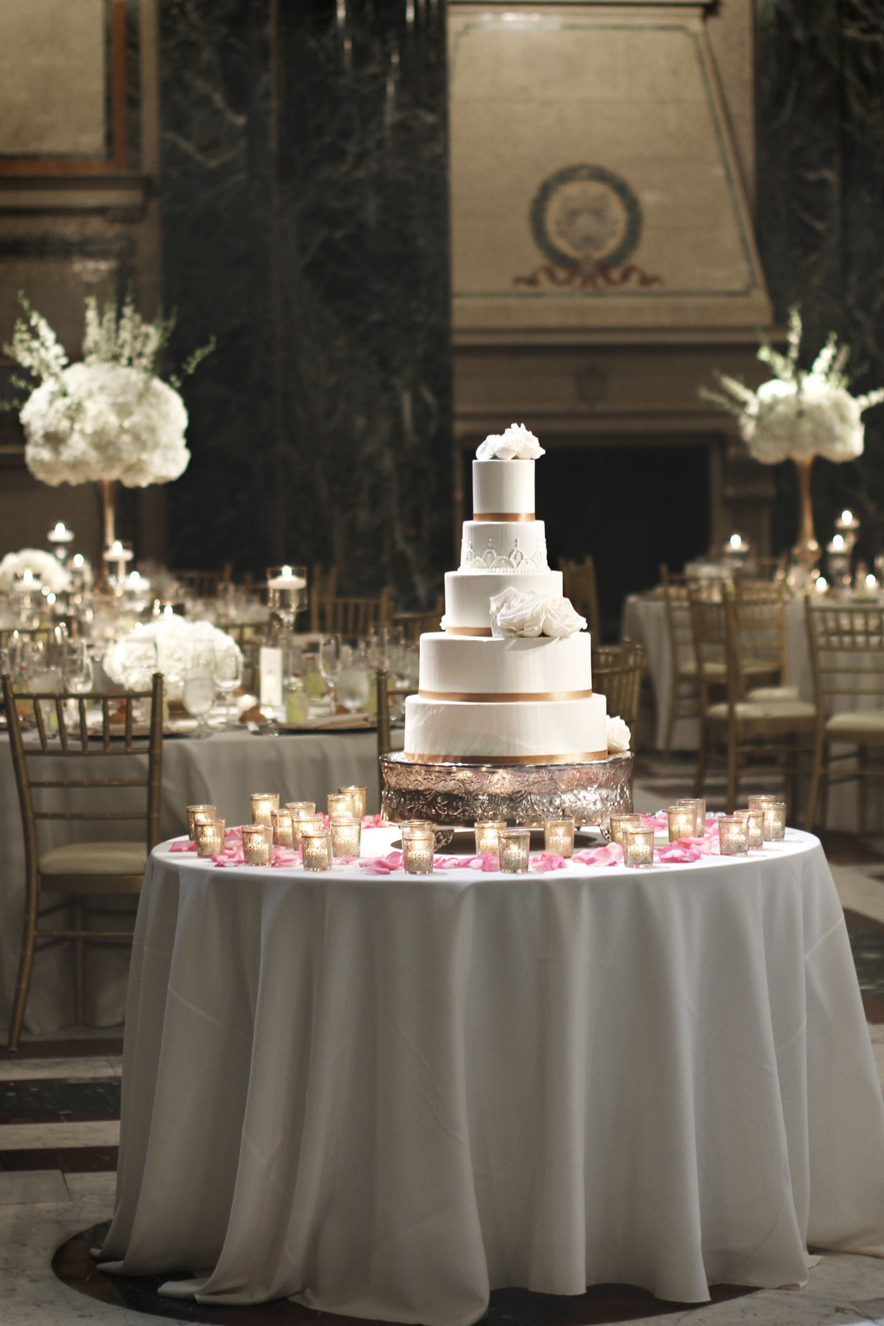 wedding-cake-carnegie