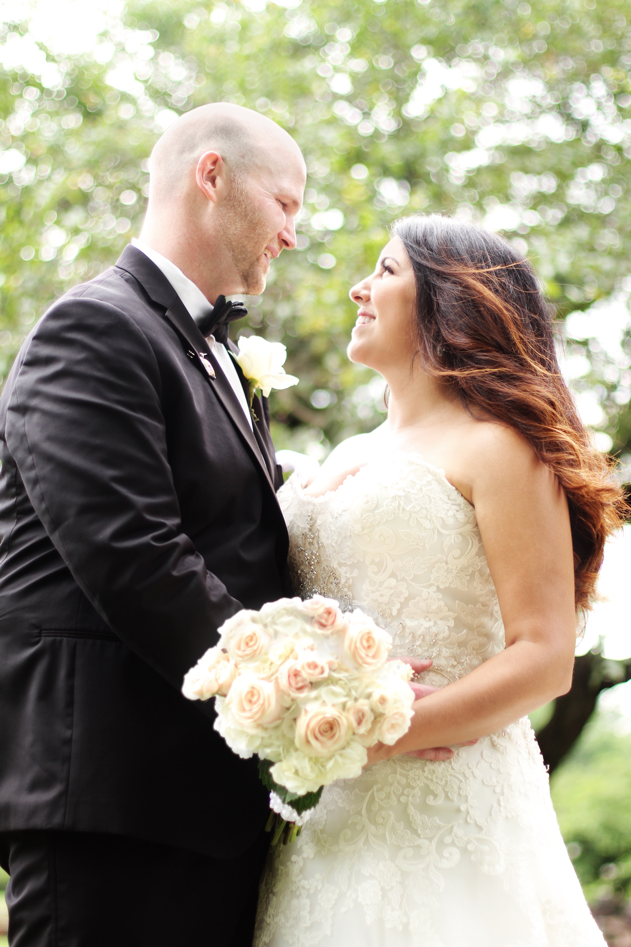 lovely-bride-groom-pittsburgh