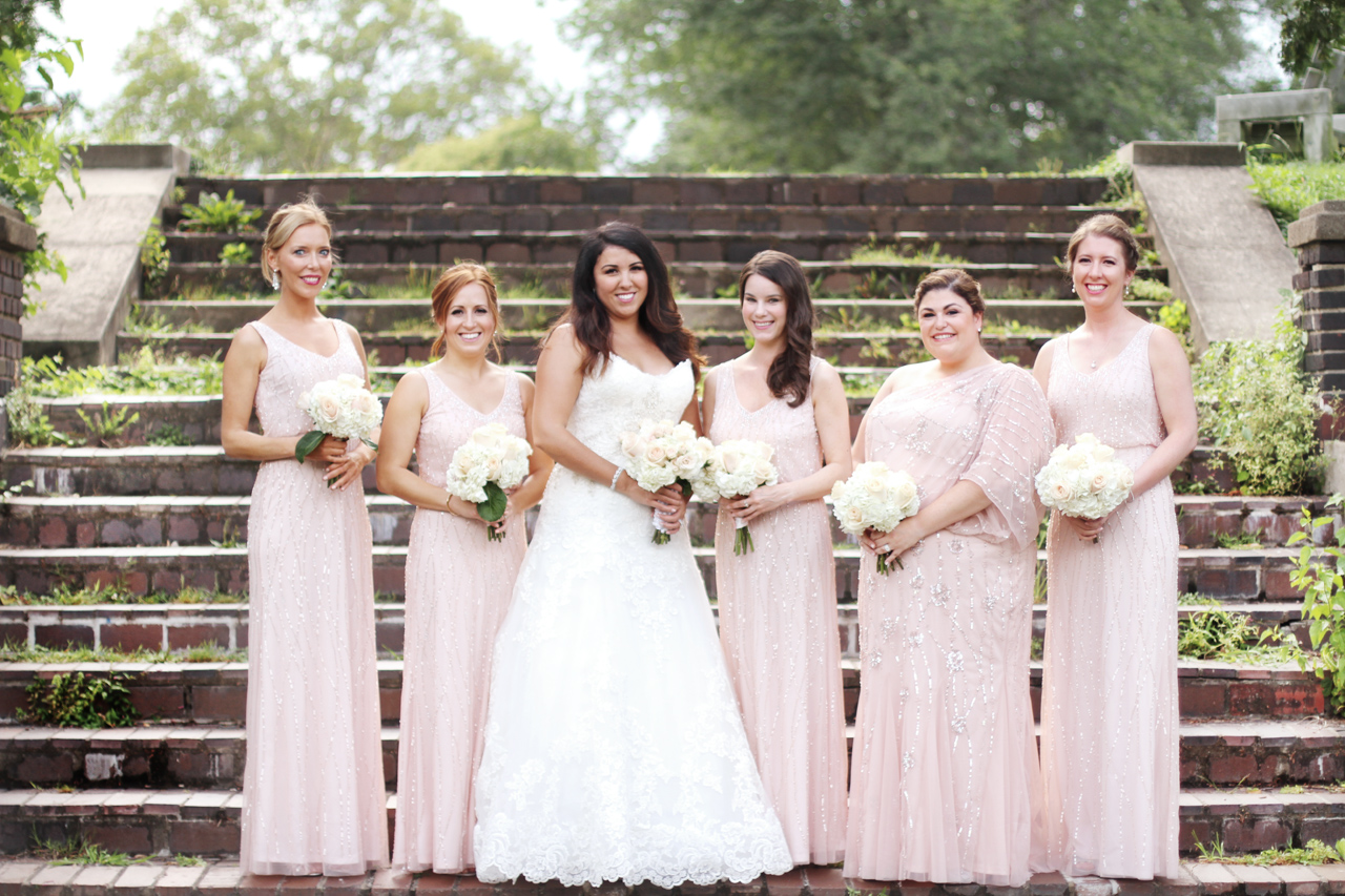 bridesmaids-in-pink-araujo