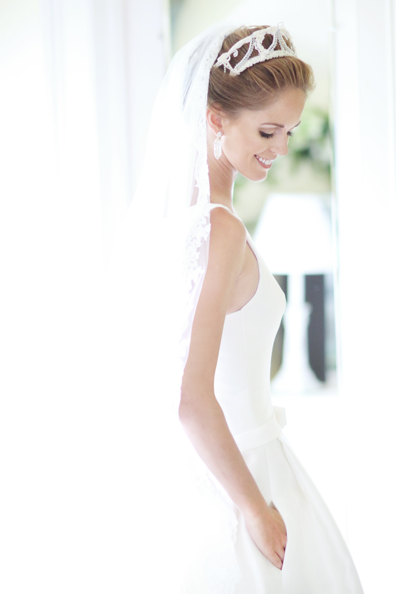 wedding gown with pockets