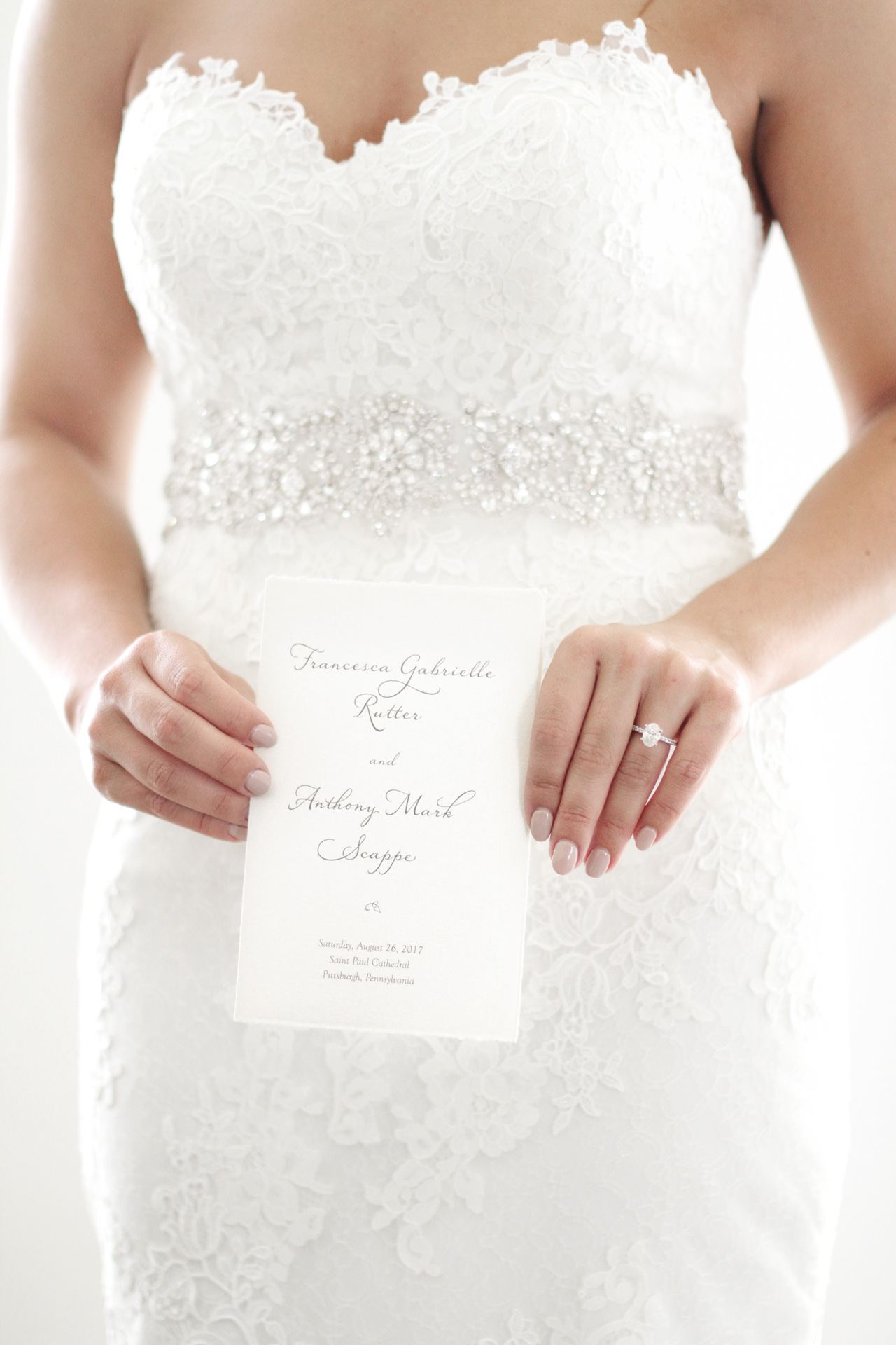 bride-with-invitation