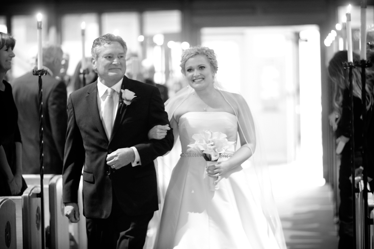 dad-walking-bride