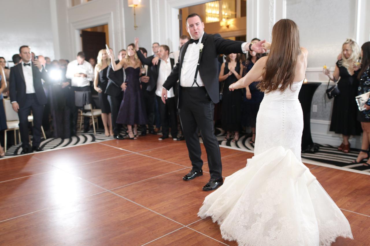 hotel-monaco-first-dance
