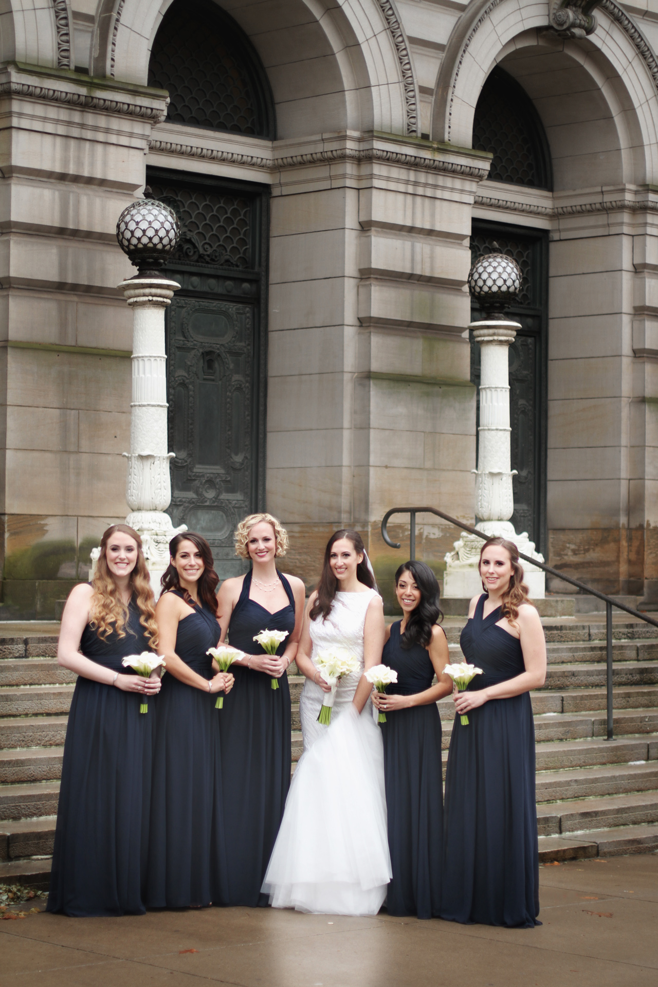 bridesmaids at carnegie museum