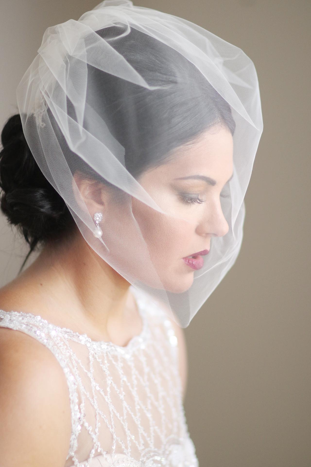 bride-under-veil