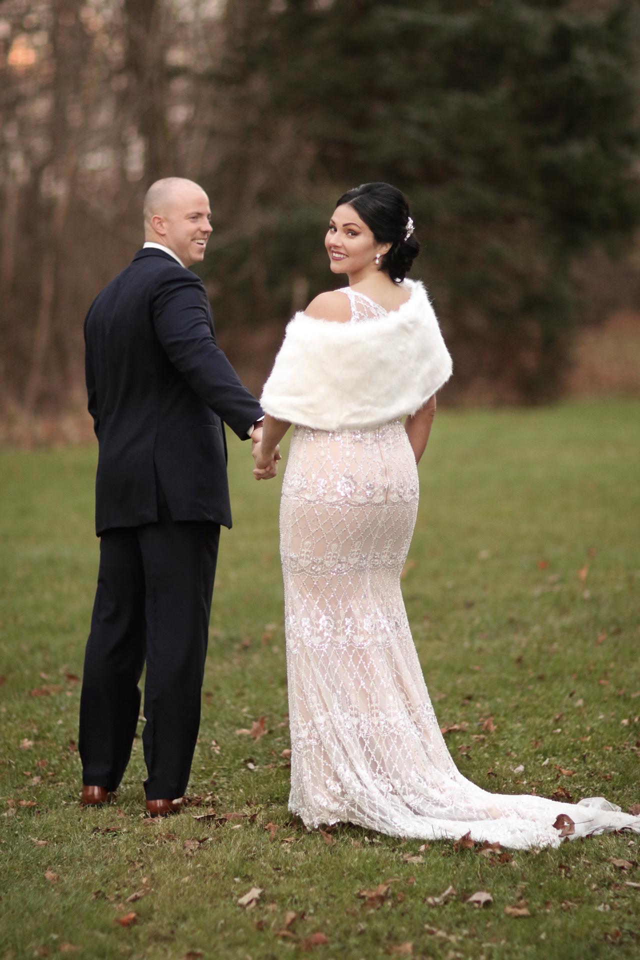 bride-looking-over-shoulder