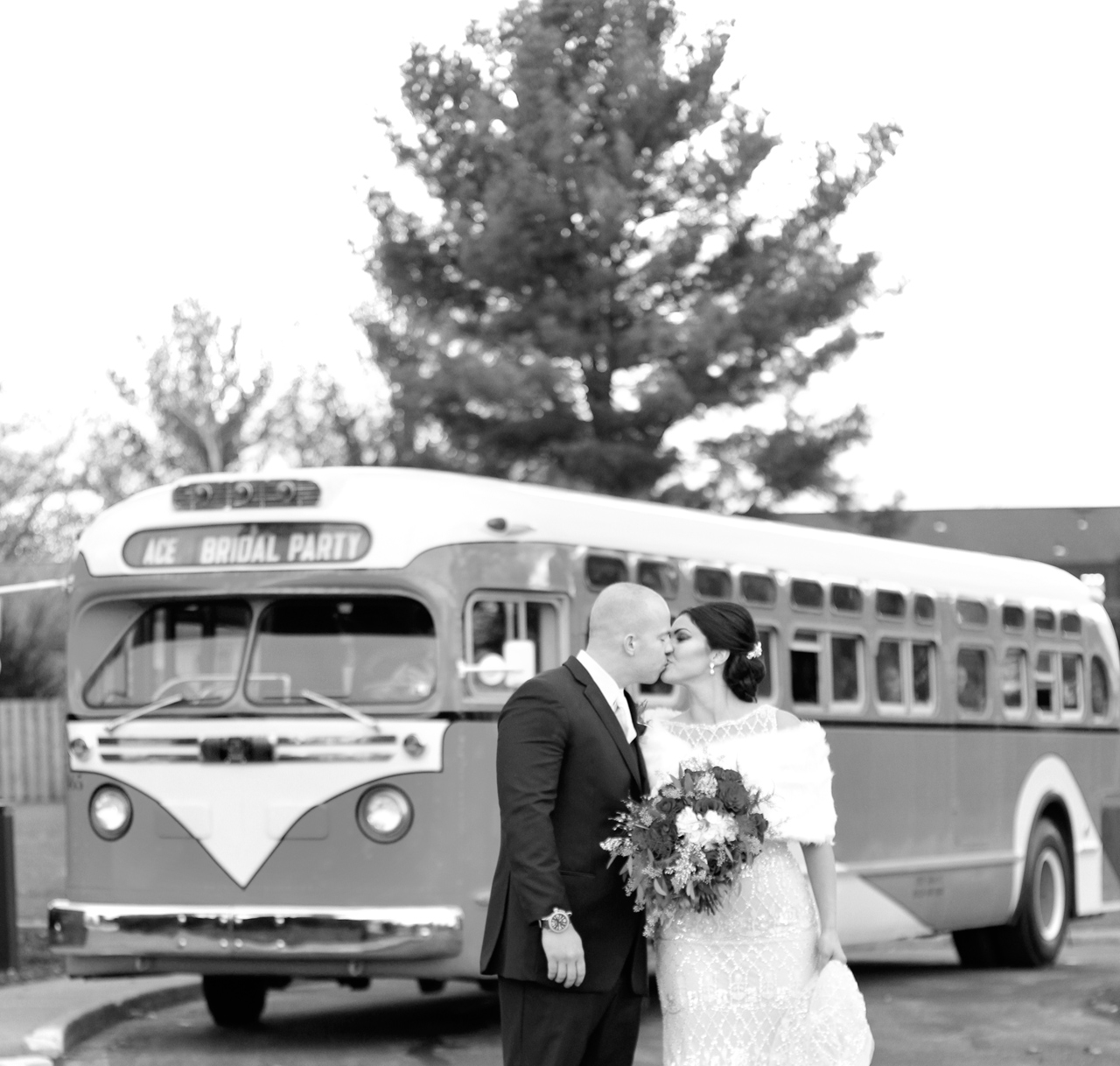 bride-groom-antique-bus
