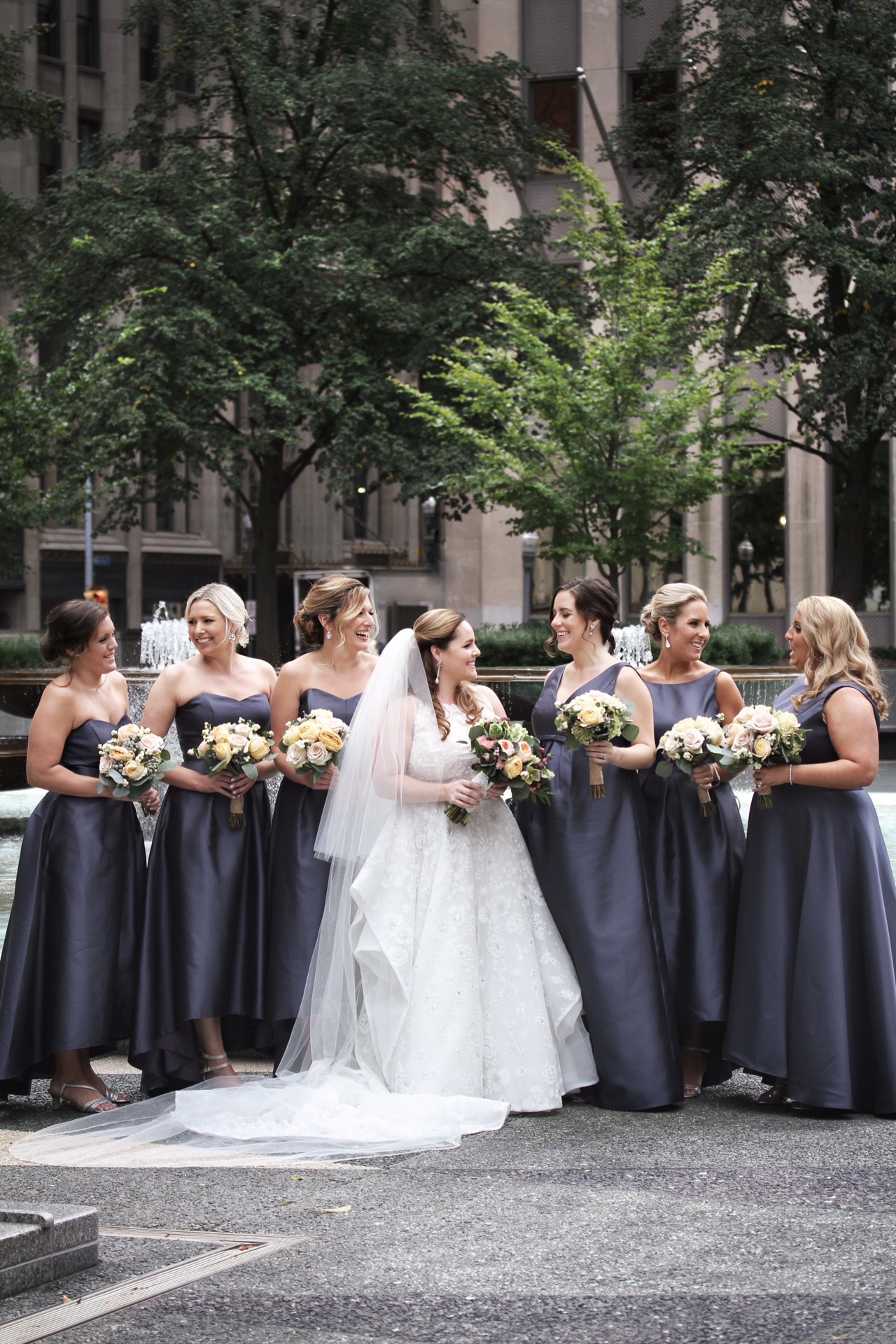 pittsburgh-wedding-bridesmaids