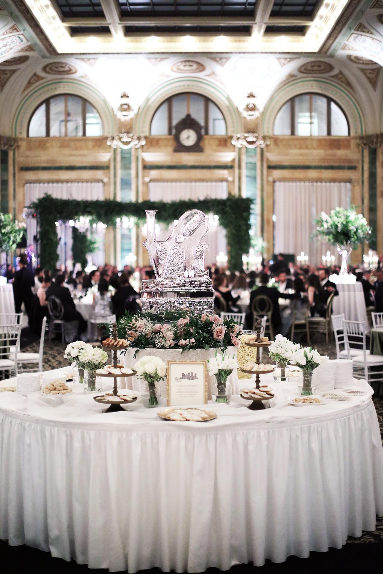 downtown-pittsburgh-wedding