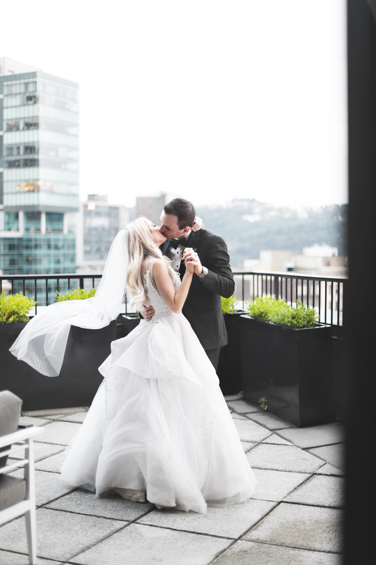newlyweds on terrace at renaissance hotel pittsburgh