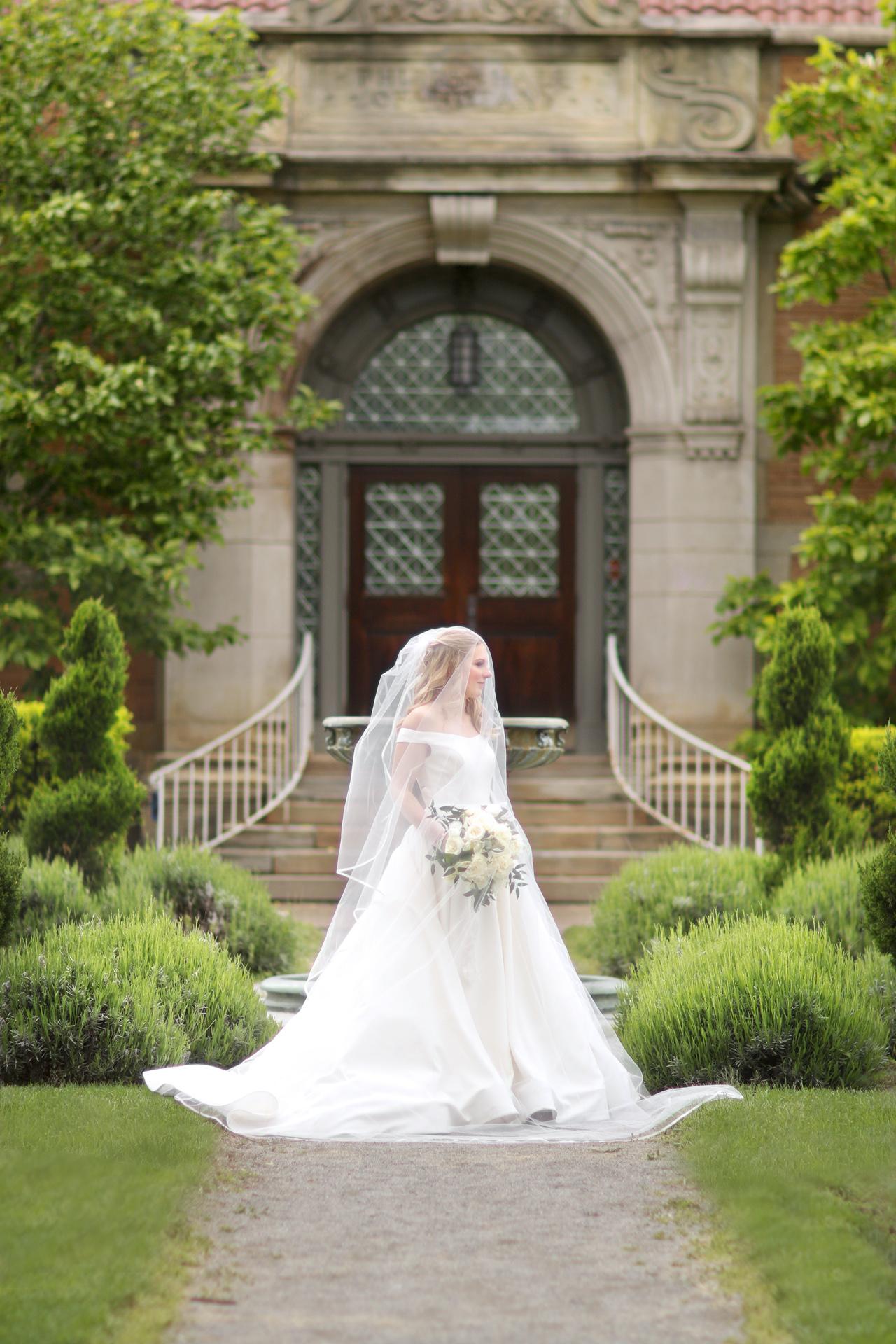 Top Pittsburgh wedding photographer